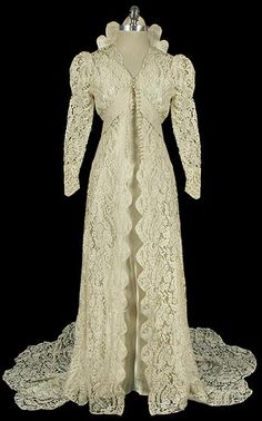 1930s wedding dress via The Frock