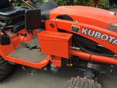 Most compact tractor owners customize their machine in one way or another. Whether it's a full home-built accessory or simply bolting on something to help save time, there are many Chevy Trucks Older, Old Ford Trucks, Lifted Chevy Trucks, Pickup Trucks, New Tractor, Tractor Bed, Lawn Tractors, Small Tractors, Tractor Seats