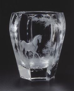 hand engraved crystal | Hand cut and engraved vase Wish Box 550, motif Horse