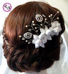 Bridal hair accessory white flowers Kanzashi от RainOfFlowers