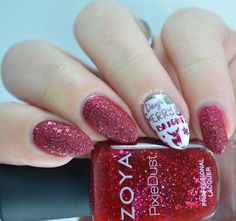Christmas nail art using Zoya Oswin, Firecracker Lacquer Hoarfrost, Revlon Rain Forest, Sally Hansen Insta-Dri Wined Up