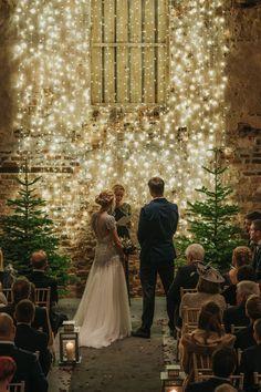 Christmas Wedding Themes, Winter Wedding Decorations, Christmas Lights Wedding, Winter Weddings, Wedding Beauty, Dream Wedding, Wedding Day, Wedding Dress, New Year's Eve Wedding Ideas