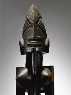 Dogon Female Figure, Ogol Circle of Artists, Mali dege dal nda. Height: 24 1/2 in (62.2 cm)