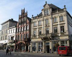 Market of <b>Minden (Germany</b>) North Rhine Westphalia, Visit Germany, Enjoying Life, Prussia, Genealogy, Travel Destinations, Cities, Places To Visit