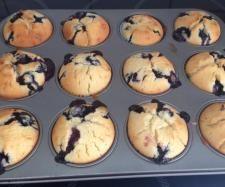 Rezept Buttermilch-Blaubeer-Muffins von guenzelguschi - Rezept der Kategorie Backen süß