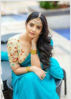 Indian Desi beauties Indian beautiful girl – Indian Desi Beauty – Indian Beautiful Girls and Ladies Beautiful Girl Indian, Most Beautiful Indian Actress, Beautiful Girl Image, Beautiful Saree, Gorgeous Women, Beauty Full Girl, Cute Beauty, Beauty Women, Indian Photoshoot