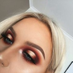 halo eye | makeup inspo | prom makeup |