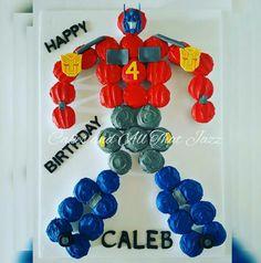 Transformers / Transformer Cupcakes / Pull apart Transformer Cupcakes / Optimus Prime Cupcakes
