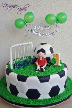 Soccer Theme Cake - Cake by Phey Football Birthday Cake, Soccer Birthday Parties, Soccer Party, Football Cakes For Boys, Football Themed Cakes, Fondant Cakes, Cupcake Cakes, Cupcakes, Sport Cakes
