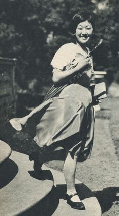 Schoolgirl dress fashion - Japan - 1931 Source Twitter‏ @ oldpicture1900