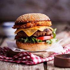 Juicy cheeseburgers are a crowd favourite and topped with a crispy hash brown and pickled jalapeños...