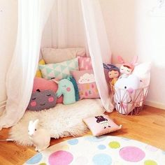 All princesses need a little reading nook for homework!