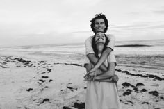 John Luke and Mary Kate at the beach Cute Relationships, Relationship Goals, Love Is Sweet, Just Love, Couple Goals Cuddling, Fotografia Tutorial, Photo Couple, Boyfriend Goals, Young Love