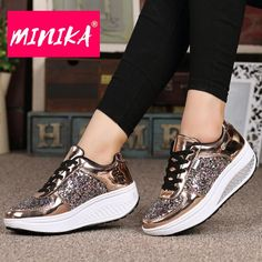Glitter Flats Sneakers Bling Shinny Casual Women Shoes 2019 New Fashio – Vipbeautycompany Ankle Sneakers, Platform Sneakers, Slip On Sneakers, Leather Sneakers, Timberland Sneakers, Sneakers Fashion, Fashion Shoes, Jorge Gonzalez, Basket Style