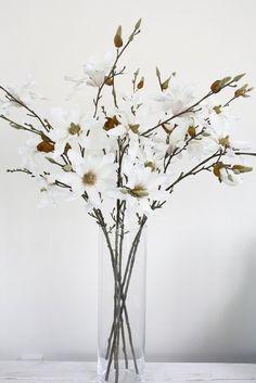 Magnolia Spray 91cm | Flux Boutique