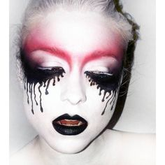 Halloween Makeup / Creepy Beautiful
