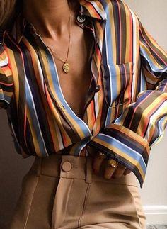 Dernières tendances de Chemises pour femme. Commandez des Chemises chic pour femme sur Floryday - votre magasin préféré de mode à prix abordable.