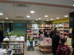 Imagen interior librería Espacio Lector Nobel Vera