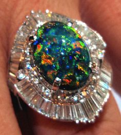E-Opals.com - Where Your Jewelry Dreams Come True! We have back opals, white opals, mexican fire opals, opal doublets, opal tripplets, and brazillian opals all at low prices!