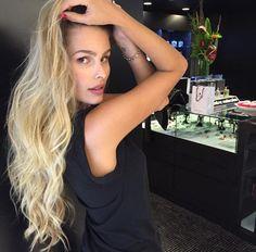 De cair o queixo Yasmin Brunet by Marco Antônio de Biaggi MG Hair Design Mg Hair Design, Blonde Hair, Hair Care, Hair Beauty, Hairstyle, Long Hair Styles, My Style, Makeup, Sexy