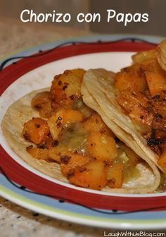 Chorizo con Papas Recipe (Mexican Sausage with Potatoes) How to make this authentic Mexican dish in the US without compromising flavor! Sausage Recipes, Pork Recipes, Cooking Recipes, Casserole Recipes, Mexican Cooking, Mexican Food Recipes, Authentic Mexican Recipes, Mexican Sausage, Papa Recipe