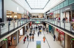 Easter Monday opening times for The Arndale, Trafford Centre,...: Easter Monday opening times for The… #BampqOpeningTimes #BankHoliday