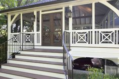 Quick-witted received screened porch design call to action ideas Screened Front Porches, Front Porch Railings, Screened Porch Designs, Decks And Porches, Porch Railing Designs, D House, House With Porch, Cottage Porch, Porch Addition
