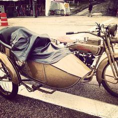 Spotted at Laconia Motorcycle Week #laconiamotorcycleweek #harley #hd #harleydavidson #vintage #sidecar #motorcyclerally #hotleathers #bikeweek #bikerlife http://instagram.com/hotleathers