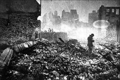 Gernika tras el bombardeo. Centro de Documentacón sobre el Bombardeo de Gernika. Fundación Museo de la Paz  de Gernika'