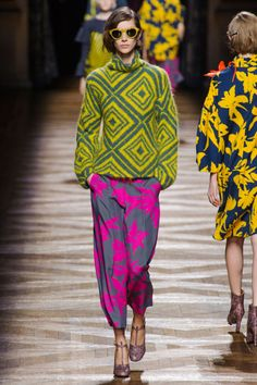 Fall 2014 RTW Dries Van Noten Collection Photo: Alessandro Lucioni/Imaxtree