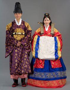 Traditional Korean Wedding Hanbok