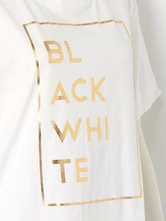 【ロゴプリントTシャツ】フロントのロゴプリントが特徴的なTシャツが登場。程よい着丈のコ…