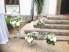 colivie+cu+flori+bicicleta+cu+flori+hortensia+alba.jpg (1296×968)