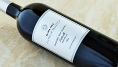 Trader Joe's Platinum Reserve Cabernet Sauvignon Oakville 2013 - Could we have the first Platinum Reserve failure on our hands? Best Trader Joes Wine, Trader Joe's Wine, Caymus Wine, Top Red Wines, Wine Prices, Best Red Wine, Wine Reviews, Cabernet Sauvignon, Wine Gifts