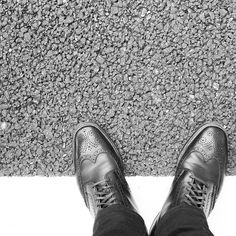 2016/09/17 17:33:15 taku_ism ⋙ #オールデン #革靴 #足元くら部 #ファッション #メンズファッション #写真部 #モノクロ #一眼レフ初心者 #写真好きな人と繋がりたい #写真撮ってる人と繋がりたい #alden#aldenarmy#aldenshoes#shoes#shoestagram#mensfashion#fashion#style#simple#stylish#monochrome#dayoff#saturday#fukuoka