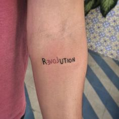 Frase: Revolution Love - Exist Tutorial and Ideas Dainty Tattoos, Subtle Tattoos, Pretty Tattoos, Mini Tattoos, Body Art Tattoos, Small Tattoos, Cool Tattoos, Tatoos, Love Tatuaje