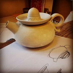 Sombrero teapot