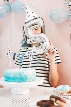 WOW! Hoje o blog completa 5 anos de vida, da pra acreditar? Pra comemorar, fiz algumas fotos e um post especial, vem conferir :)