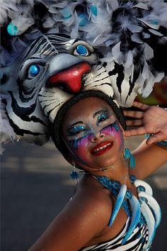 Carnaval cultura de Barranquilla La arenosa puerta de oro de colombia  Diva Dea Weag share seguici recomendar