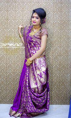 Reception saree Bengali Saree, Bengali Bride, Indian Silk Sarees, Indian Beauty Saree, Bengali Wedding, Saree Wearing Styles, Saree Styles, Lehenga Saree Design, Saree Blouse Designs