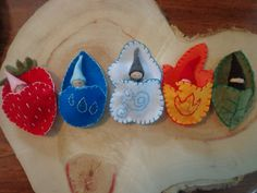 blue Whimsical Pocket Gnomes (I love the strawberry! Wood Peg Dolls, Clothespin Dolls, Waldorf Crafts, Waldorf Toys, Felt Christmas, Christmas Crafts, Craft Projects, Sewing Projects, Crafts For Kids