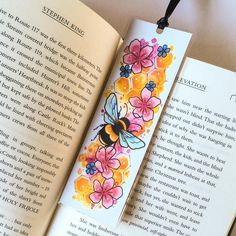 Creative Bookmarks, Handmade Bookmarks, Teacup Tattoo, Watercolor Bookmarks, Bee Gifts, Book Markers, Floral Artwork, Book Lovers Gifts, Gifts For Her