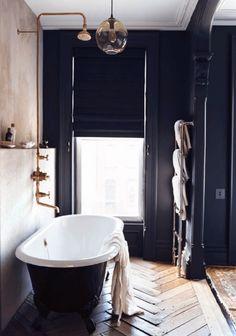 A Disturbing Bathroom Renovation Trend To Avoid - laurel home