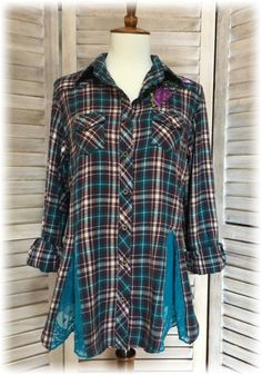 Upcycled Boho Romantic S to M Small to Medium Flannel Shirt Top Purple Teal Refashioned Altered Hippie Chic Eco-Friendly Sustainable Shabby Chic Outfits, Hippie Chic, Boho Chic, Sewing Clothes, Diy Clothes, Remake Clothes, Umgestaltete Shirts, Shirt Refashion, Upcycle Shirts