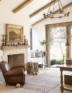10 ways to create your French country farmhouse French leather club chair vintage fireplace French farmhouse interior design ideas French Country Farmhouse, Farmhouse Interior, Modern Farmhouse Decor, Country Décor, Rustic French, French Country Fireplace, Classic Fireplace, Rustic Decor, French Decor