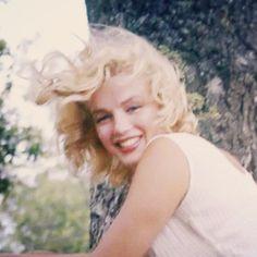 "Beautiful Marilyn Monroe! May 1957, Roxbury... [ Sam Shaw]  ""It's no fun being married to an electric light."" - Joe DiMaggio!"