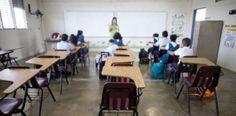 Ampliación: Cambian al niño de grupo y sacan a la maestra que lo...