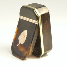 Silver and tortoise shell snuff mull