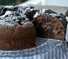 Torta pocket coffee (vale cucina e fantasia) Italian Desserts, Sweet Desserts, Sweet Recipes, Bakery Recipes, Dessert Recipes, Pocket Coffee, Fake Cake, Cooking Cake, Chocolate Delight