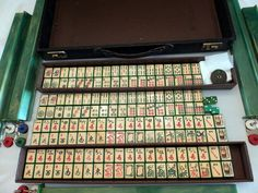 GREEN ENROBED MAH JONG SET~COMPLETE~RARE~BEAUTIFUL